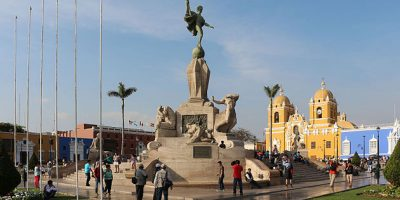 Lima a Trujillo en bus